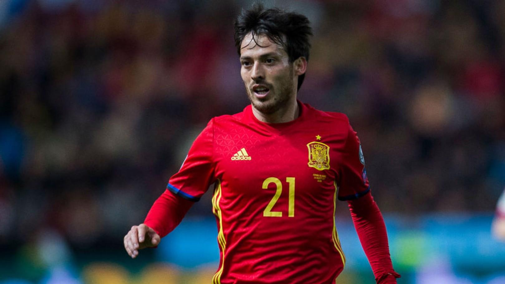 ديفيد سيلفا سجل هدفين مرة أخرى مع المنتخب الإسباني