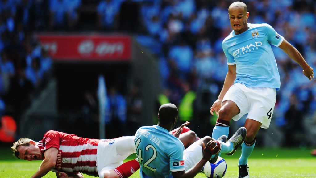 Alan Shearer claims Sergio Aguero better than Thierry Henry