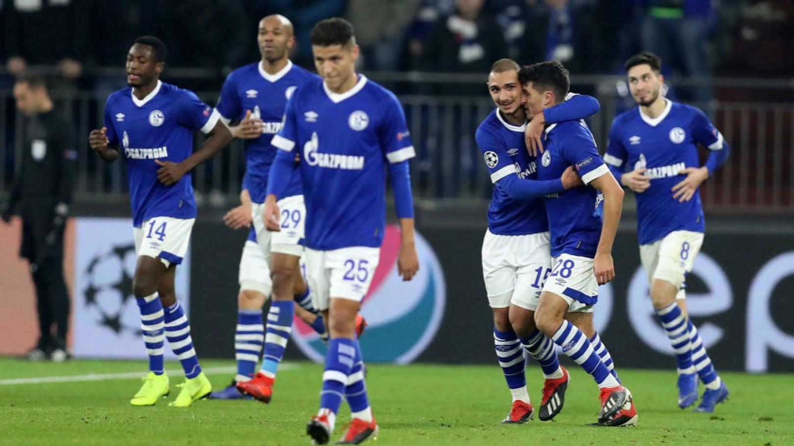 ROUND OF 16: FC Schalke.