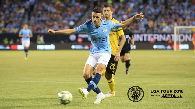 Under Pressure Phil Foden Aims His Pass