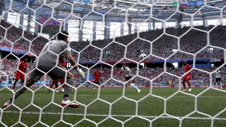 JOHN STONES. Dos goles del central en el 6-1 de Inglaterra a Panamà.