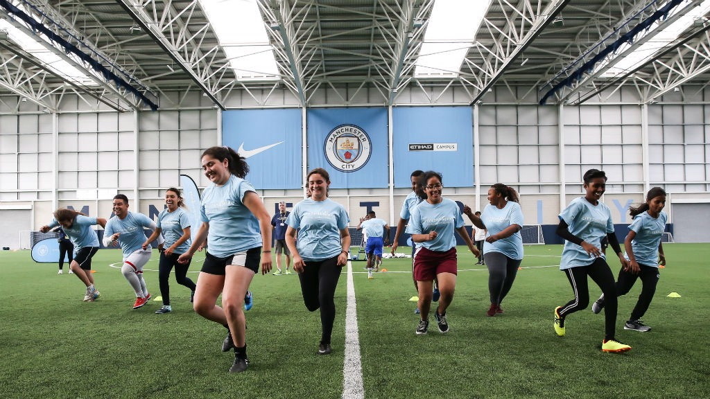 Wrap-young-leaders-from-18-cities-around-the-world-came-to-manchester-for-the-annual-cityzens-giving-young-leaders-summit