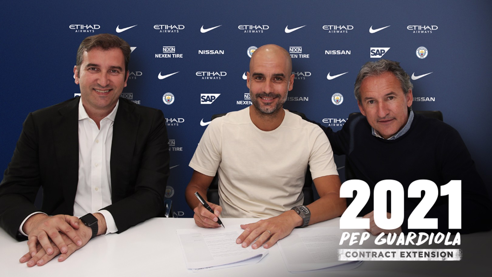RENOVACIÓN. Guardiola con el City hasta 2021.