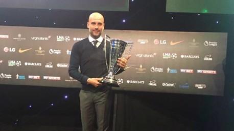 시즌 최고의 감독으로 선정된 펩 과르디올라