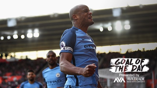 GOAL OF THE DAY | Kompany v Southampton