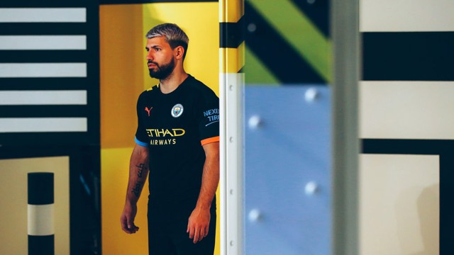 size 40 7edcf 60dd3 City away kit shoot: Behind-the-scenes