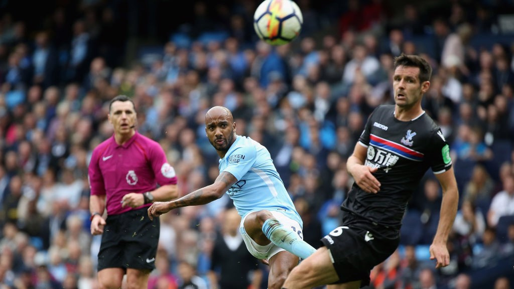 Fabian Delph: Man City midfielder joins Everton on three-year deal