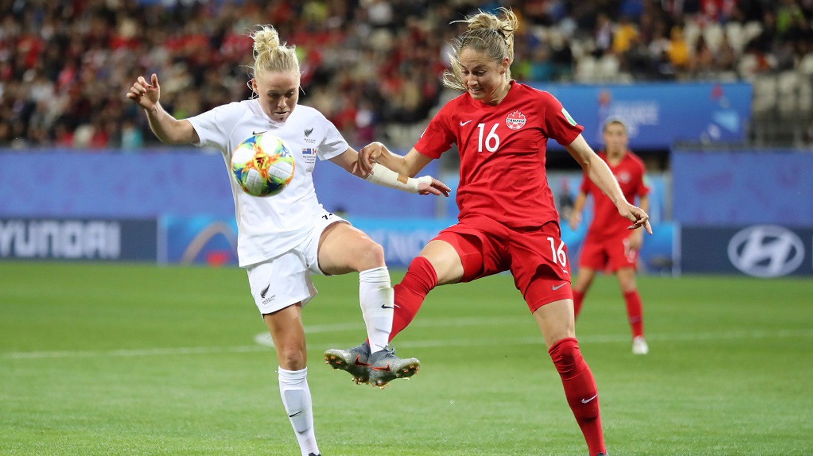 Beckie shines as impressive Canada progress
