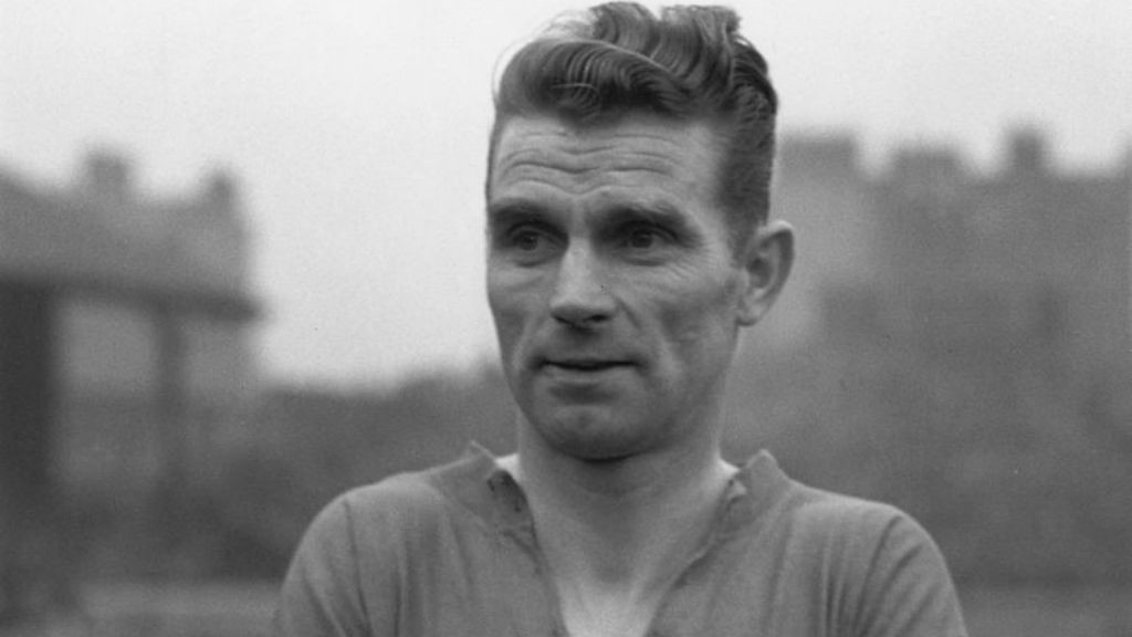 SPECIAL TALENT: Peter Doherty pictured before a game played during the Second World War