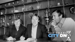 RECORD BREAKER: Steve Daley signs for City with Malcom Allison (right) and Tony Book (left) looking on