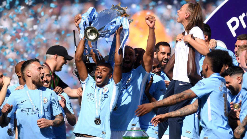 FERNANDINHO 300: The Brazilian looks back on his City career