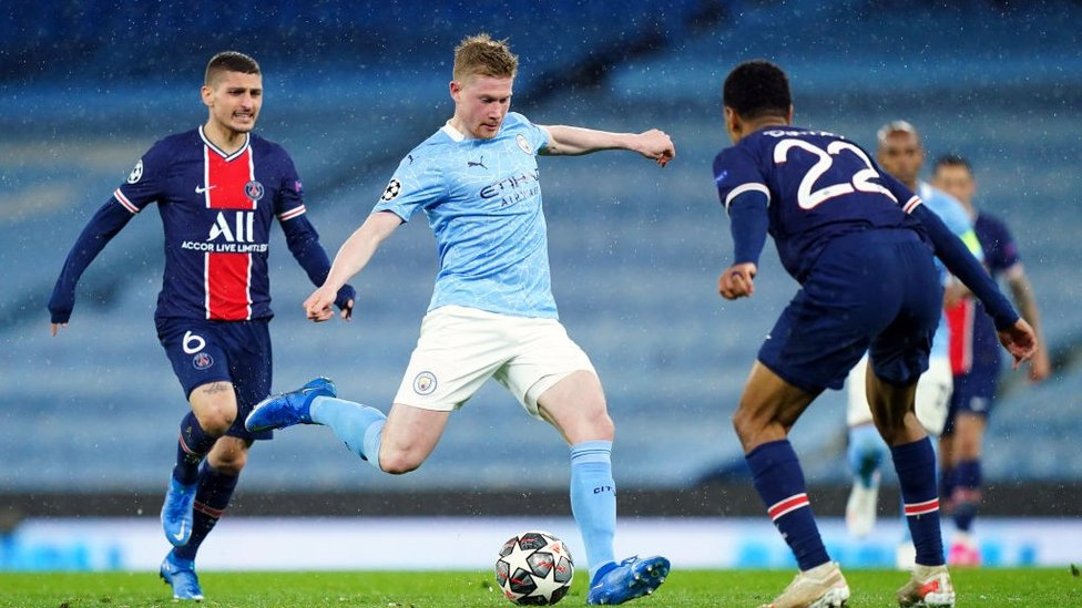 DRIVING DE BRUYNE: Kevin De Bruyne looks to pick the PSG lock