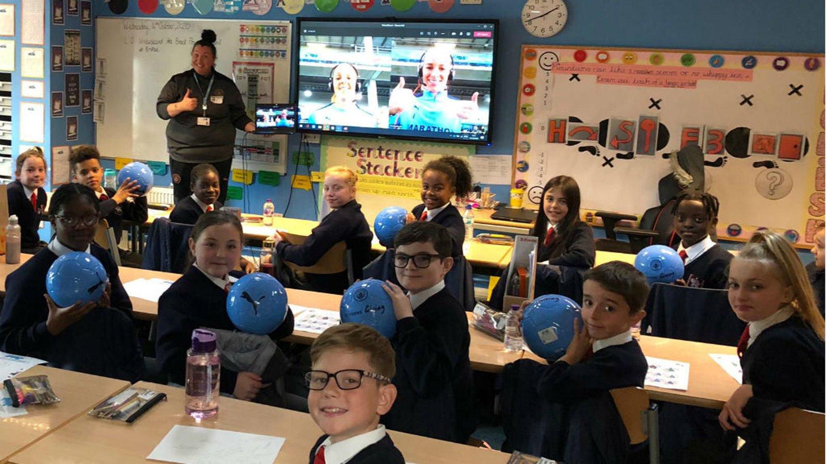 1000 PUMA footballs delivered to local primary schools