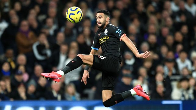 MAH-RISE : Riyad leaps to bring the ball under control spectacularly.