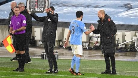 Guardiola: Gundogan merece os elogios que está recebendo