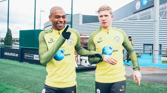 MIDFIELD MARVELS : Ferna shares a smile with fellow engine room maestro Kevin De Bruyne