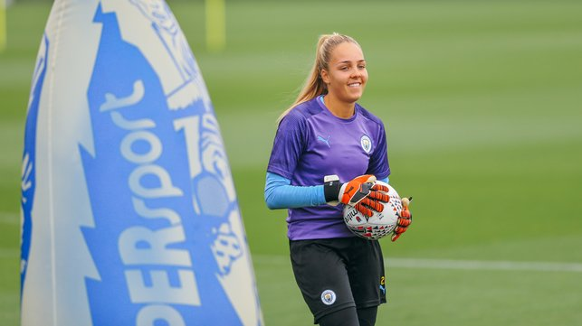 SAFE HANDS : Ellie Roebuck claims the ball