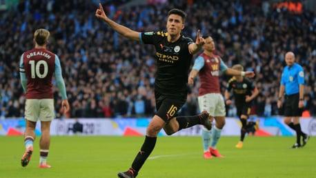 O gol de Rodrigo na Carabao Cup.
