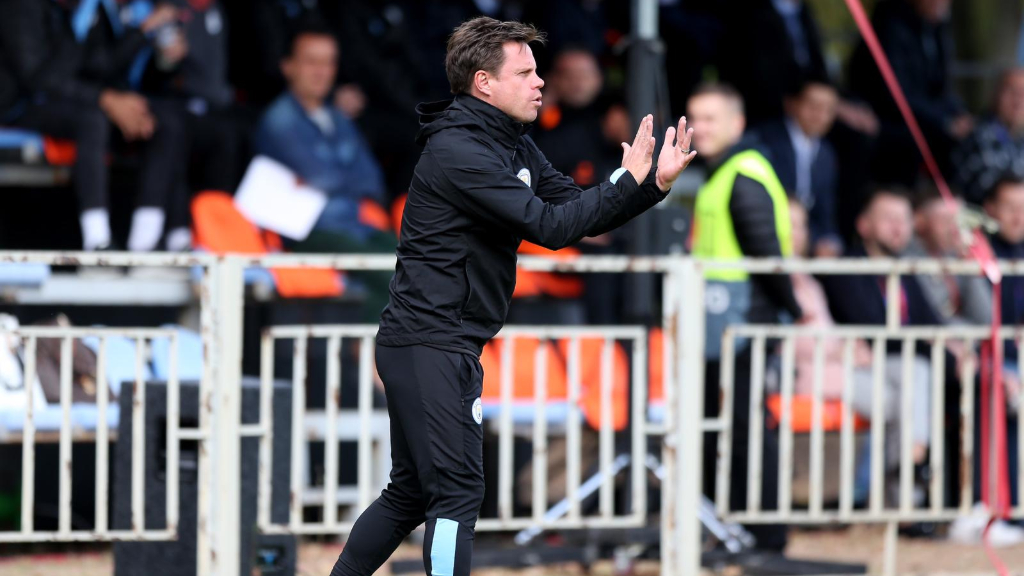 MANAGER'S NOTES : Paul Harsley delivers instructions during the win over Shakhtar