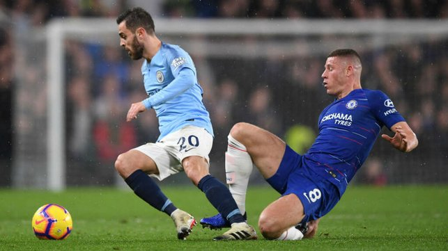 VAMOS BERNARDO : The City midfielder gets away from Ross Barkley