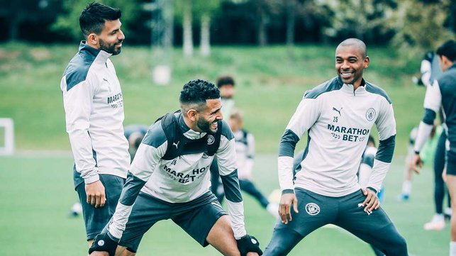 JOKERS : The lads enjoy a laugh in the session.