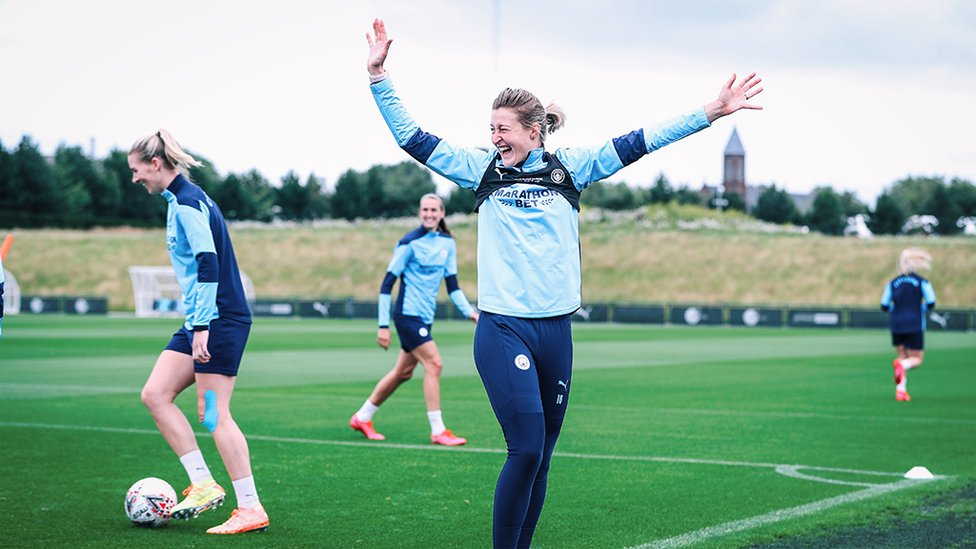 HAND IT TO ELLEN!: Our England Lionesses striker revelled in our latest training session