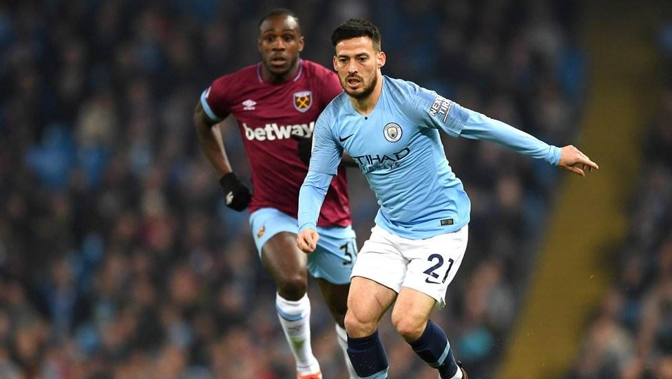 TEMPO KING : David Silva keeps the Blues ticking over with the score still 0-0