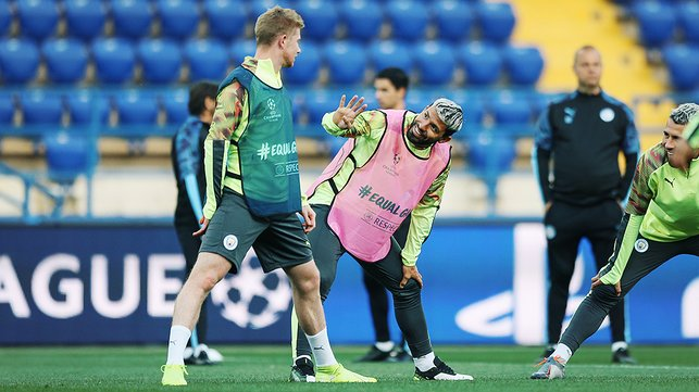 HANDYMEN : Sergio and KDB are in relaxed mode