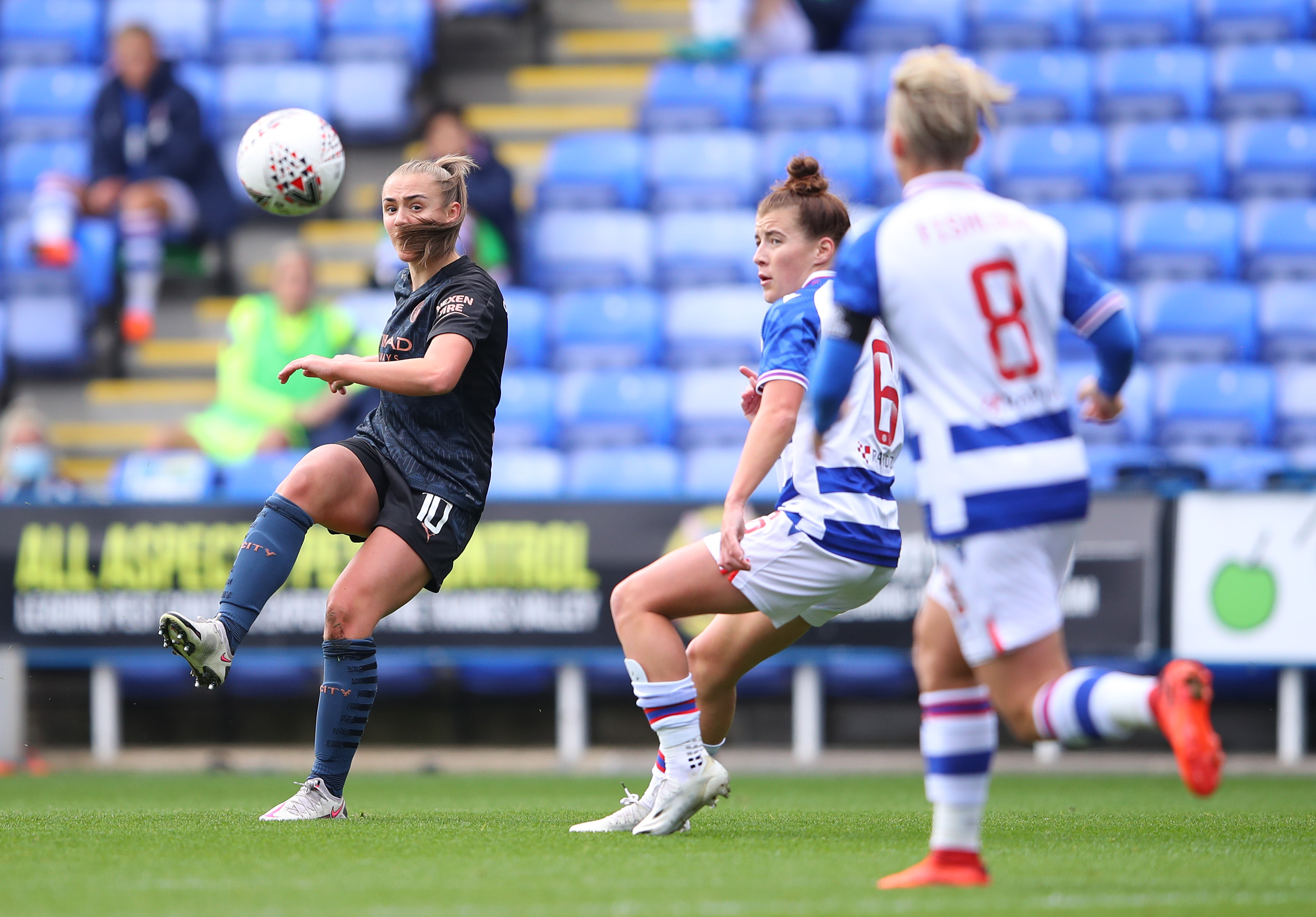 Mewis strikes again but City held at Reading