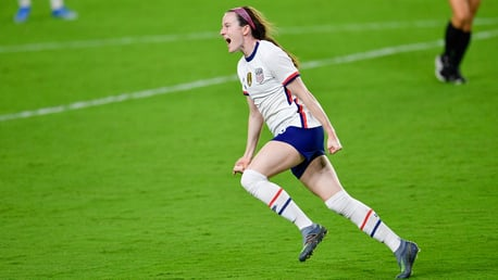 Lavelle scores late USA winner and Weir nets in 10-0 Scotland win