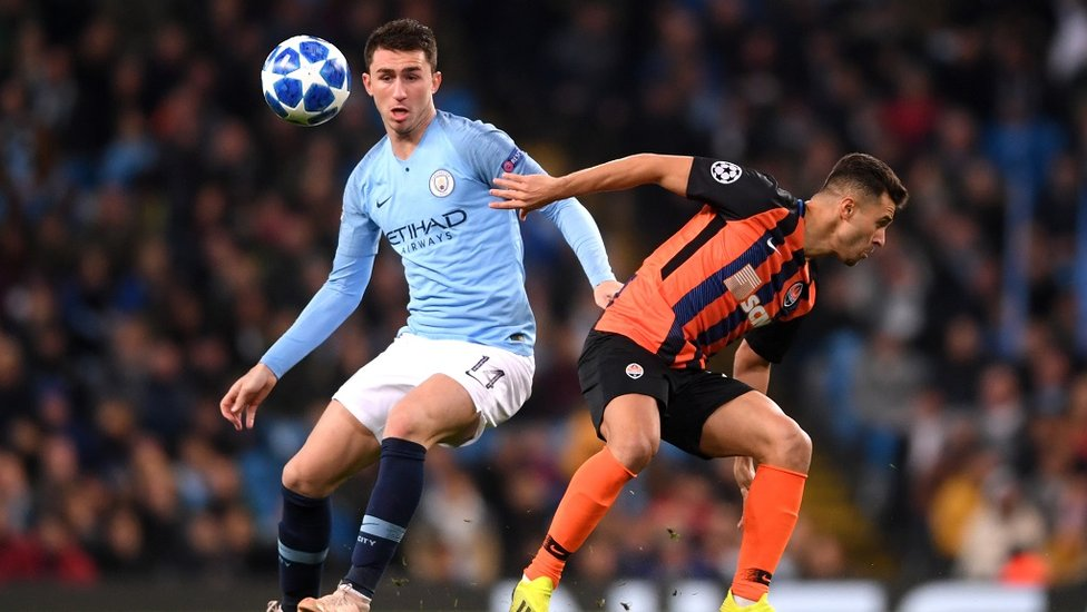 FOCUSED : Aymeric Laporte with the situation under control