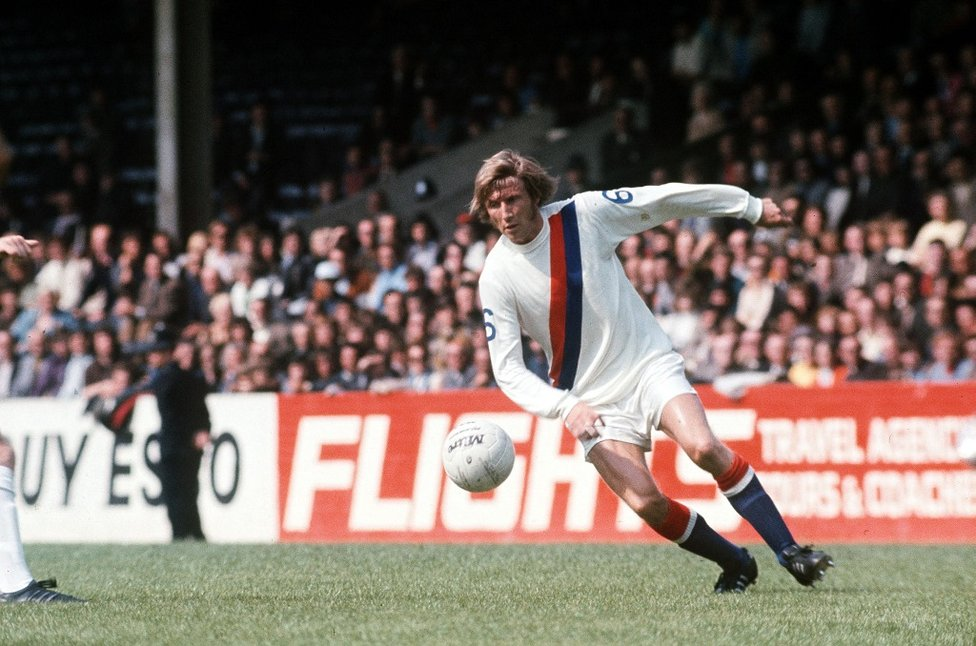 1972: Charity Shield action