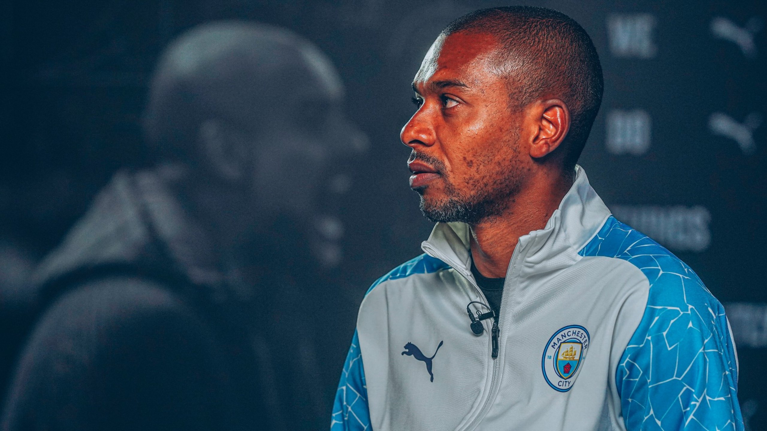 Behind-the-scenes at Fernandinho's contract extension