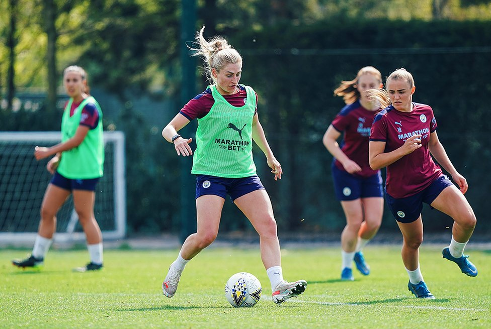 COOMBS AS ICE : Laura Coombs says the top-of-the-table clash will provide a real 'test of character'