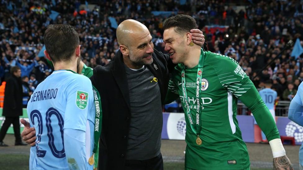 PIALA : Trofi besar pertama kepelatihan Guardiola datang dalam kemenangan Piala Carabao atas Arsenal pada Februari 2018.