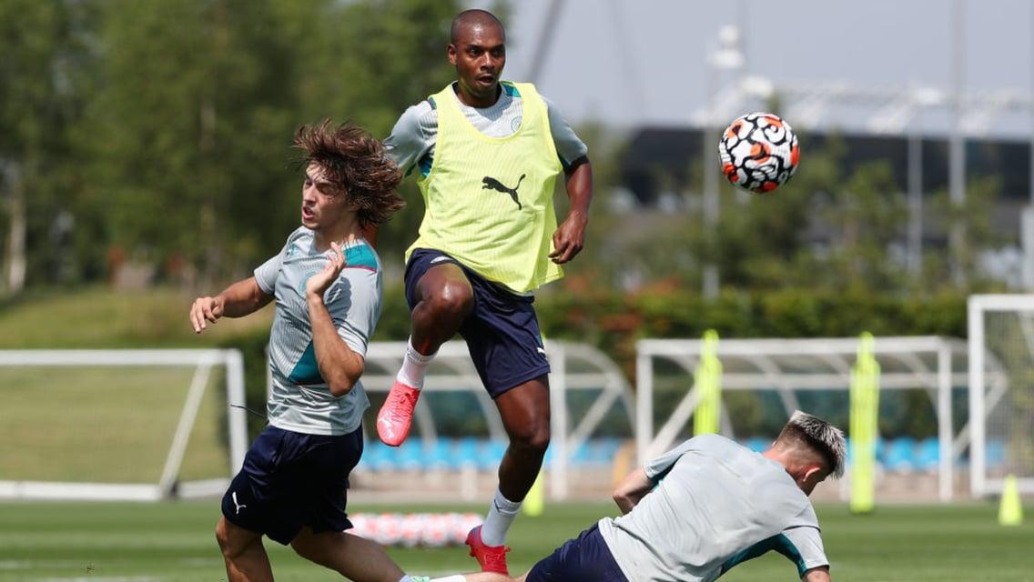Fernandinho, Mahrez and Dias start against Preston