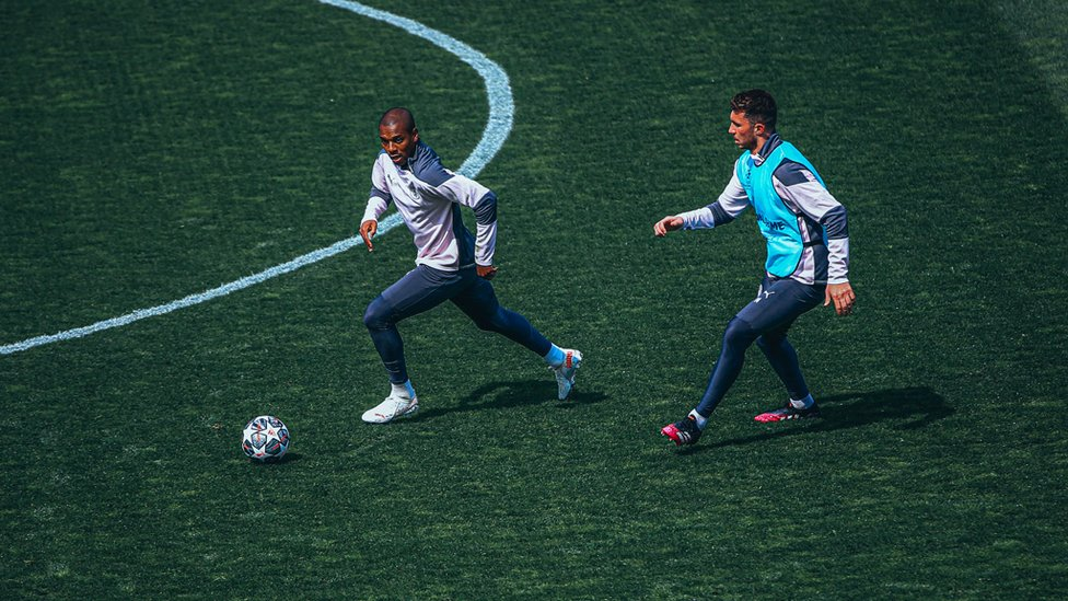 CATCH ME IF YOU CAN : Fernandinho escapes the attentions of Laporte.