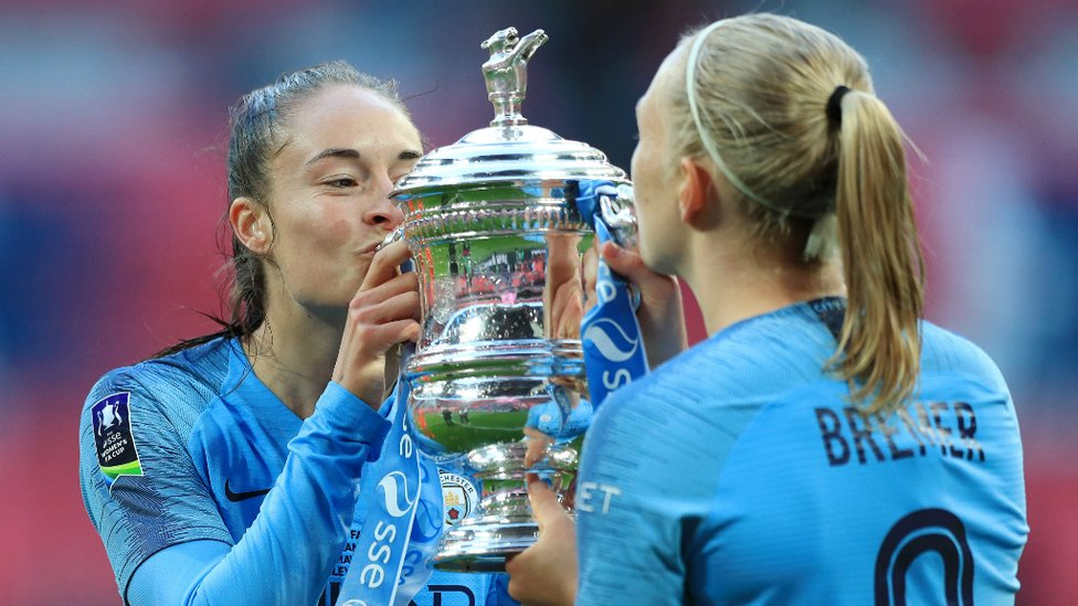 MWAH! : The love of the FA Cup