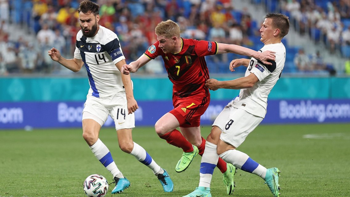 De Bruyne outstanding as Belgium top Group B with maximum points