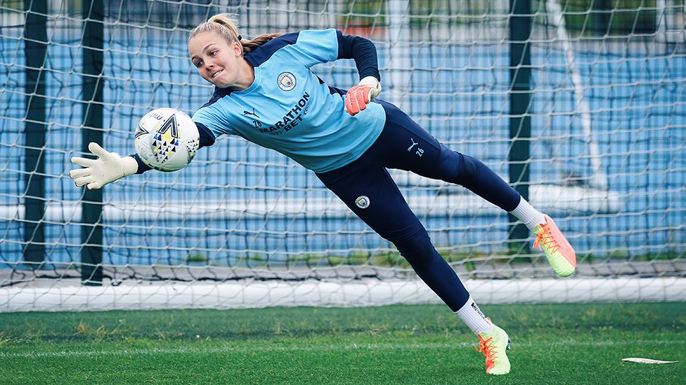 HAND IT TO ELLIE: Our recently crowned FA WSL Golden Glove winner Ellie Roebuck is not to be beaten!
