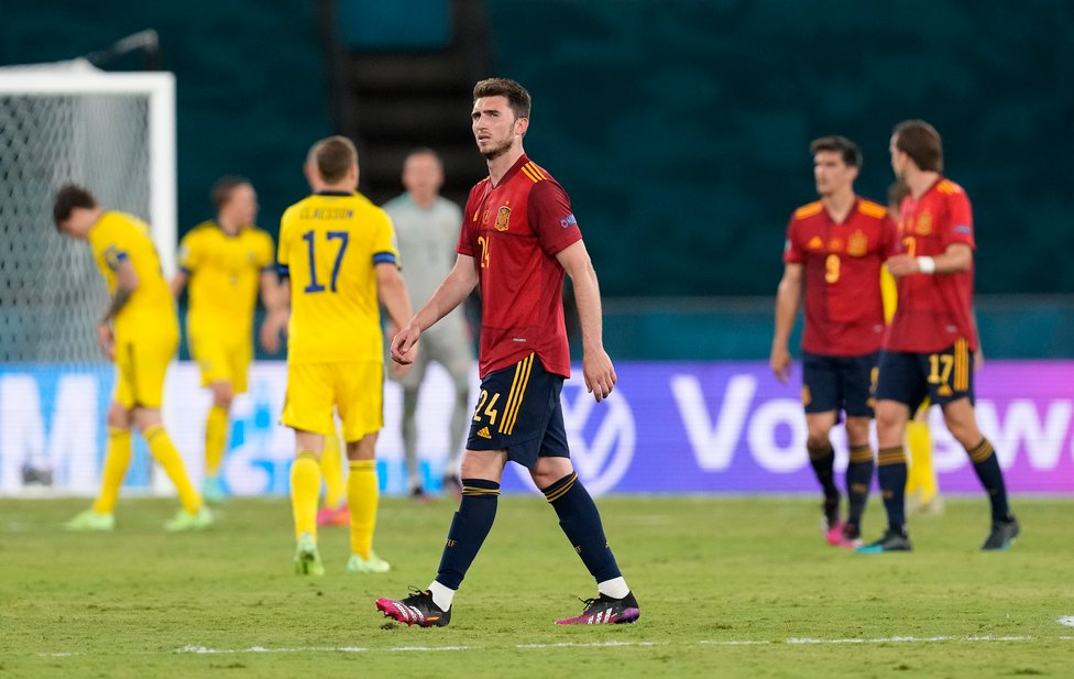 LAPORTE ROJA : Aymeric Laporte also made his first senior tournament appearance from Spain but he, Ferran Torres and Rodrigo were held to a 0-0 draw against Sweden