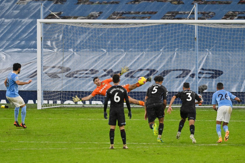 SPOT ON|: Ilkay Gundogan seals victory against Aston Villa from the penalty spot
