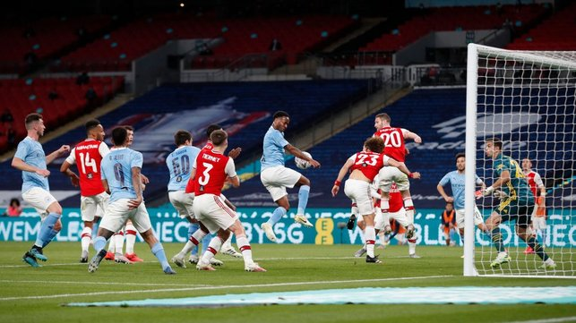 FINE MARGINS: Raheem Sterling can't quite guide the ball home from a corner