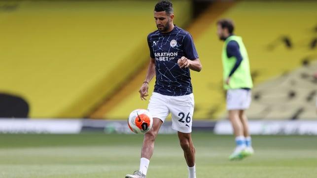 MAGIC MAHREZ : Riyad juggles the ball during the pre-match warm up.
