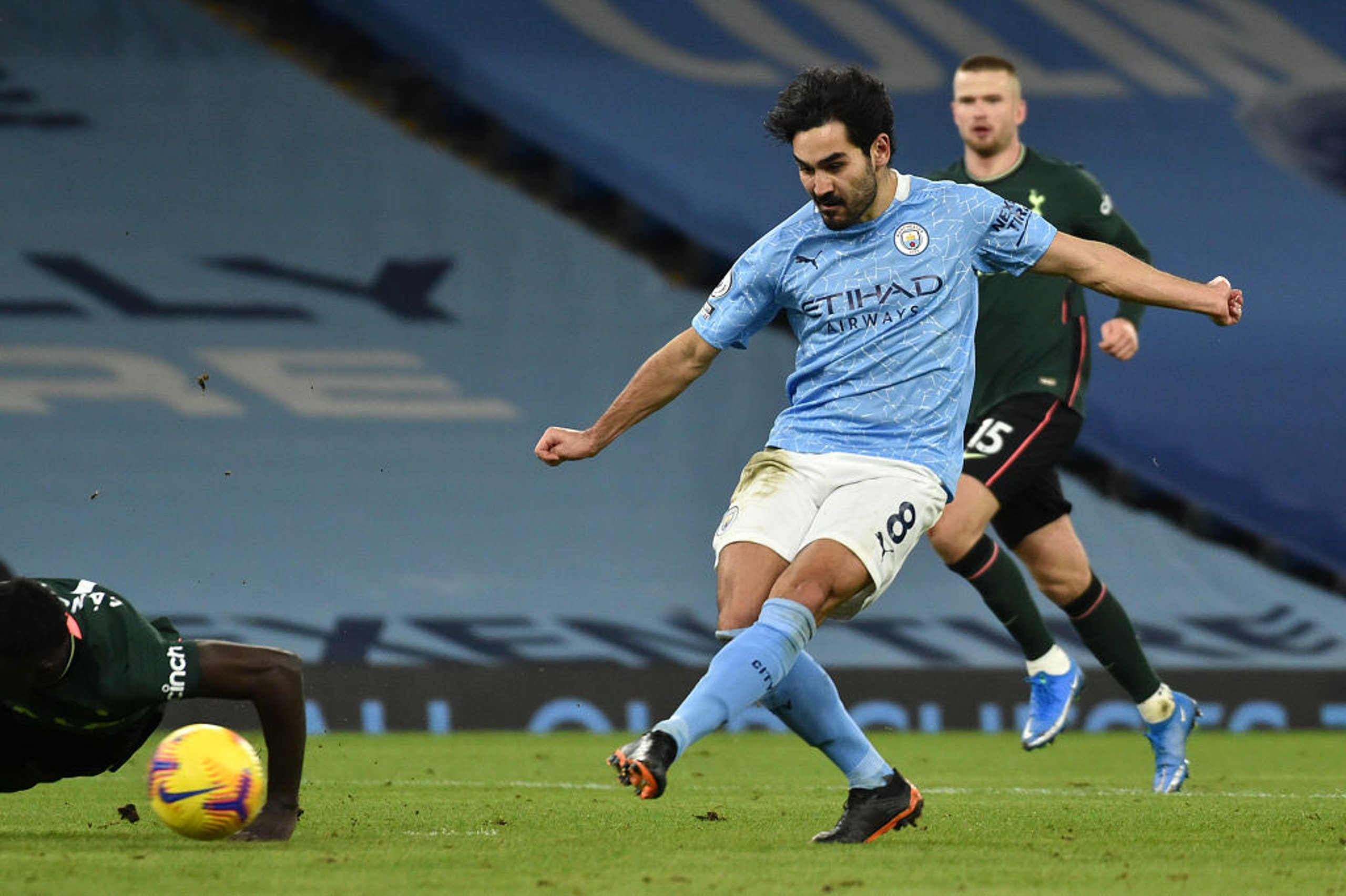 Gallery: Gundogan stars as City see off Spurs