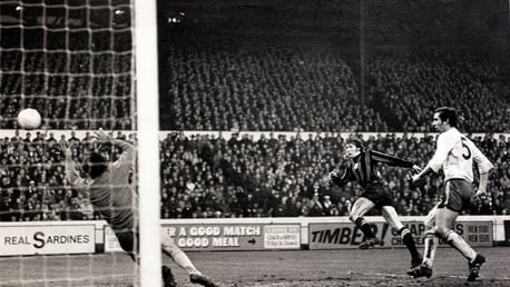 King of the Kippax: Colin Bell