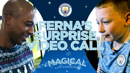 Magical City Christmas: Fernandinho surprises youngster recovering from heart surgery