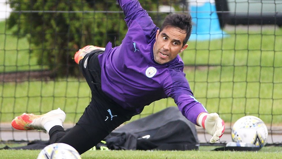 BRAVO, BRAVO : The Chilean goalkeeper will hope to feature once again in cup competition