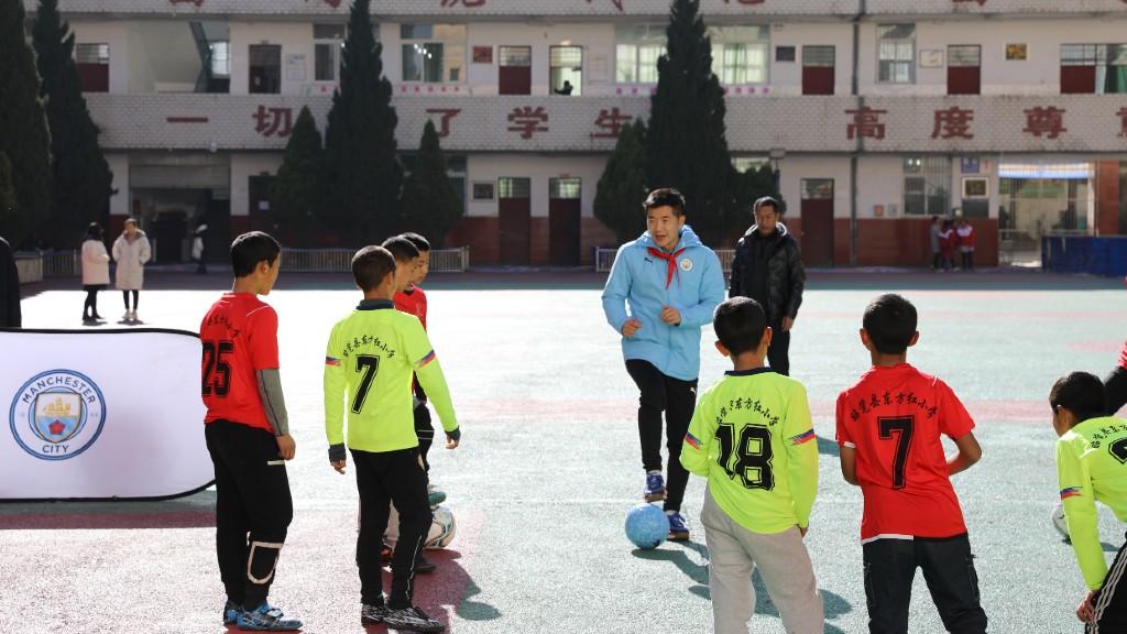 عطاء السيتي للتعافي: المتطوع لينج فونج وونج - تشنجدو