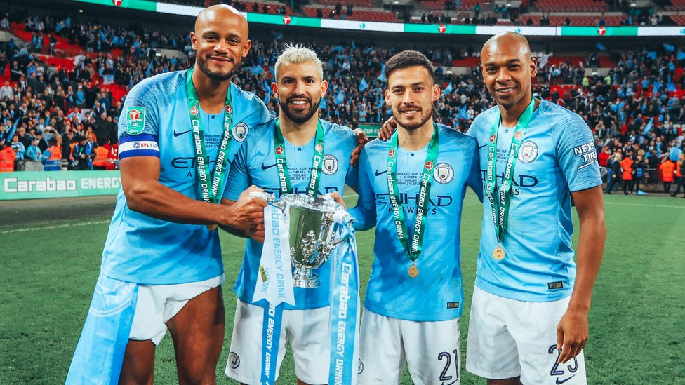 : 2019년 첼시를 승부차기에서 꺾고 카라바오컵 우승 트로피를 들어올린 CITY 레전드